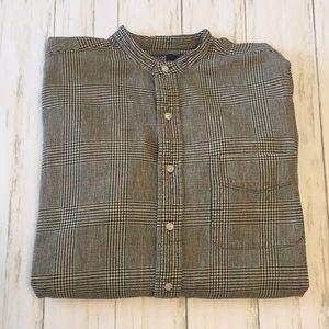 Polo Ralph Lauren Long Sleeve Button Down. Medium